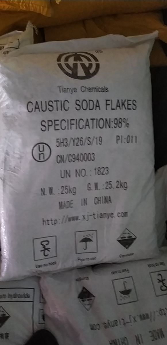 NaOH - Cautic soda Flakes 98%